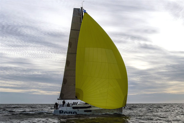 Pogo 44 sous voiles All Purpose